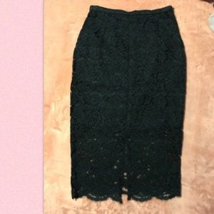 H&M Green lace skirt